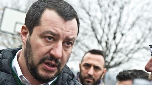 """Scuola, l'allarme di Salvini: """"In Piemonte 15mila studenti disabili e il ministro dorme"""""""