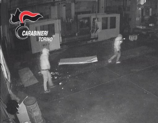 """Notizie dal Piemonte. Torino """"Andiamo a rubare con il lockdown, così non c'è nessuno"""": sgominata la banda di ladri terrore di aziende e tir [VIDEO]"""