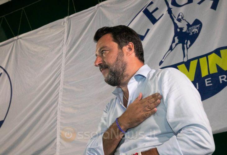 Post del giornalista Rai contro Salvini: l'azienda valuta la sospensione