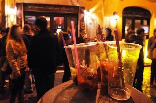 A Trecate è entrato in vigore il divieto di consumare bevande alcoliche in alcune zone della città