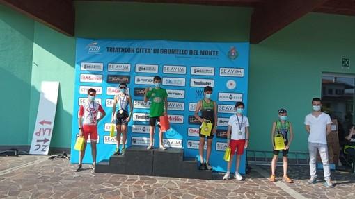 Nel weekend primo triathlon della stagione per i giovani di Valdigne Triathlon. Per i senior-master ottimi risultati e podi