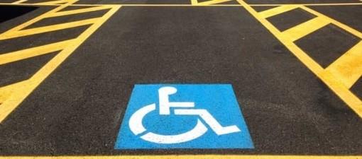 Nuovi stalli per la sosta disabili nei punti strategici del centro città