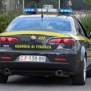 """Notizie dal Piemonte. Torino: Mascherine, gel, test e termometri """"falsi"""" contro il covid: perquisizioni nelle farmacie del torinese"""