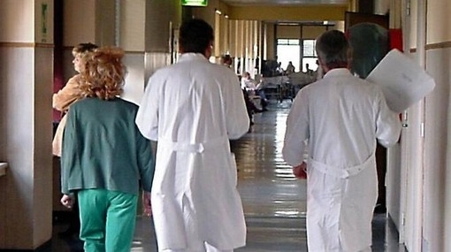 Regione: con i bandi-Covid assunti 4.571 professionisti della sanità per le Asl, Usca e Rsa