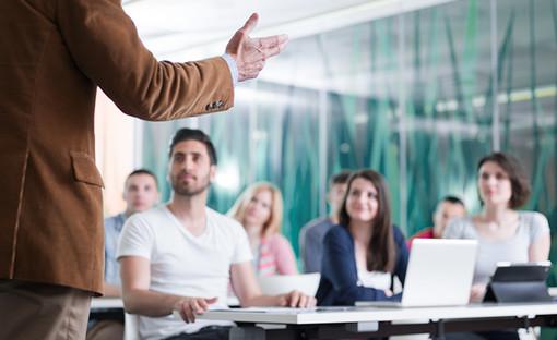 """Vco Formazione: docenti della sede novarese di Vco Formazione presenti a """"Wooooow!"""", il Salone dell'orientamento"""