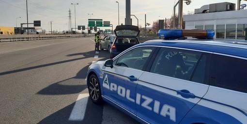 Notizie dal Piemonte. Venaria (To), guida per 6 km contromano in tangenziale, fermato dalla Stradale