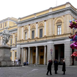 Il 22 febbraio al Teatro Coccia 'Arsenico e vecchi merletti'