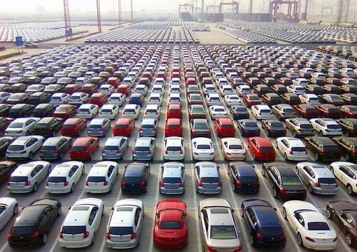 Mercato auto, in Piemonte vendite giù del 33,3%