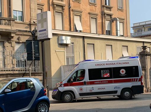 Brovello Carpugnino, scontro tra due auto: morta una donna