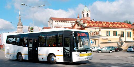 Sette nuovi autobus urbani con alimentazione a metano a Novara