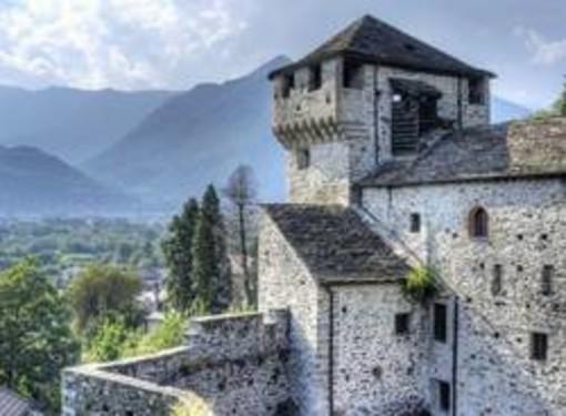 Venerdì 19 al Castello di Vogogna (Vb) il concerto del trio Passamontagne