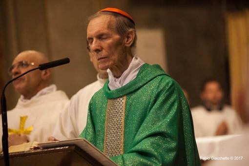"""Messe con il popolo: a Novara """"prova del nove"""" con le esequie del card. Corti"""
