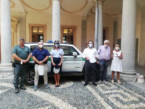 La Polizia Provinciale riceve le visiere protettive donate dall'Iti Omar