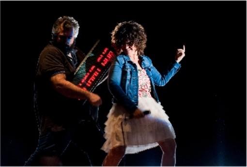 Venerdì 'Calcinculo' al Teatro Faraggiana