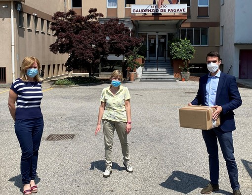 Donate mascherine al De Pagave