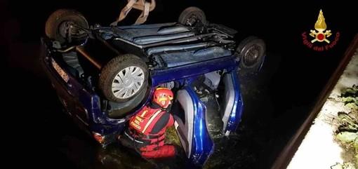 Castellazzo Novarese, auti finisce in un canale. Tre feriti portati in ospedale