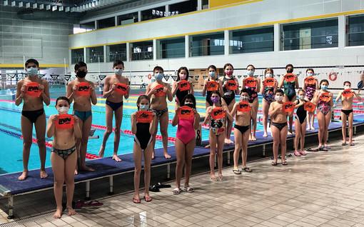 """Libertas Nuoto Novara, 15 medaglie per gli """"esordienti"""""""