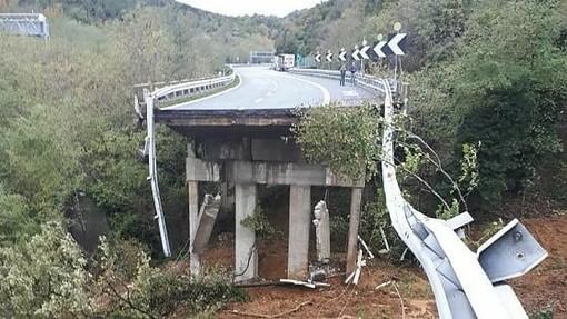 Da Intesa Sanpaolo 150 milioni di euro per i danni causati dagli straordinari eventi atmosferici che hanno colpito in questi giorni le Regioni del nord ovest