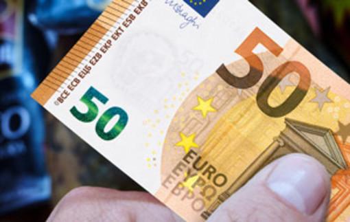 Controlli sull'uso del contante: chi movimenta più di 10 mila euro al mese verrà posto sotto la lente d'ingrandimento dei funzionari di Bankitalia
