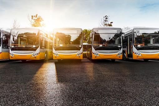 Crollo delle immatricolazioni di autobus in Piemonte: -30% nel 2020