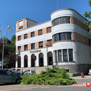 Poste, a Novara periferie in rivolta contro la chiusura degli uffici