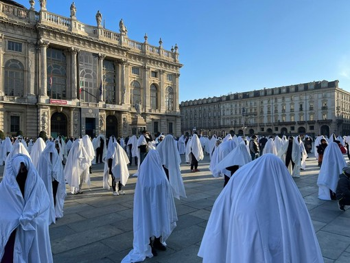 """Lega Salvini: """"In piazza con gli operatori dello sport: fantasmi dimenticati dal governo"""""""