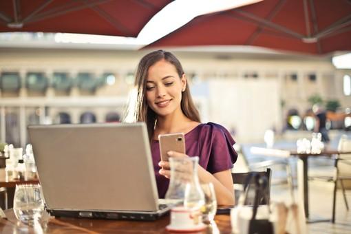 Fare shopping online, convenienza e vantaggi imperdibili