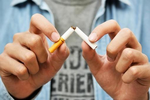 Fumo di sigaretta, dipendenza, pandemia… come smettere di fumare