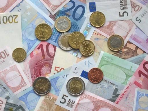 """Bonus di 600 euro per i lavoratori esclusi dagli ammortizzatori, i sindacati: """"Alcune categorie ancora tagliate fuori"""""""