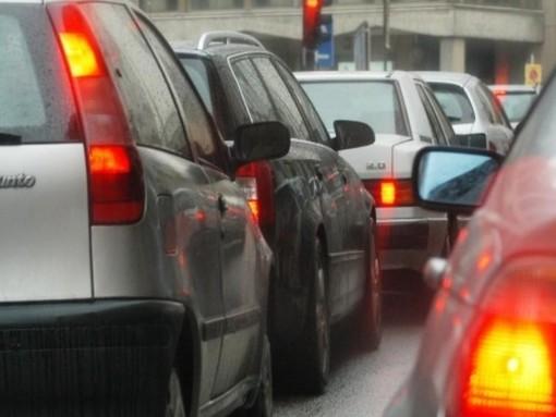 Polveri sottili sopra il livello di guardia, a Novara scatta il blocco dei diesel Euro 4