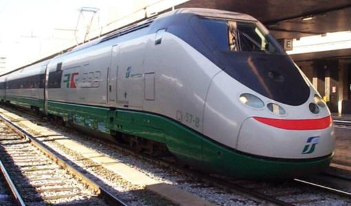 Notizie dal Piemonte. Incredibile vicenda, nella mattina di martedì: ritardi fino a 45 minuti per 5 Frecce, 2 Italo e 15 Regionali