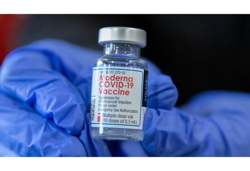 Lunedì i vaccinati sono stati 26 mila. Da oggi al via le preadesioni per la fascia 55-59 anni